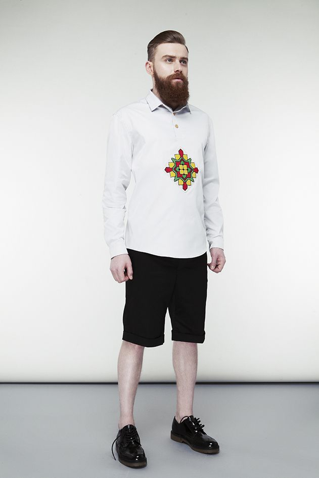 Grey shirt with embroidery